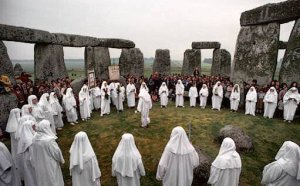 323316-pagan_sanctuary_place_religious_rituals